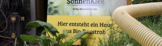 Pilotprojekt Stroh-Einblasdämmung in Tirol