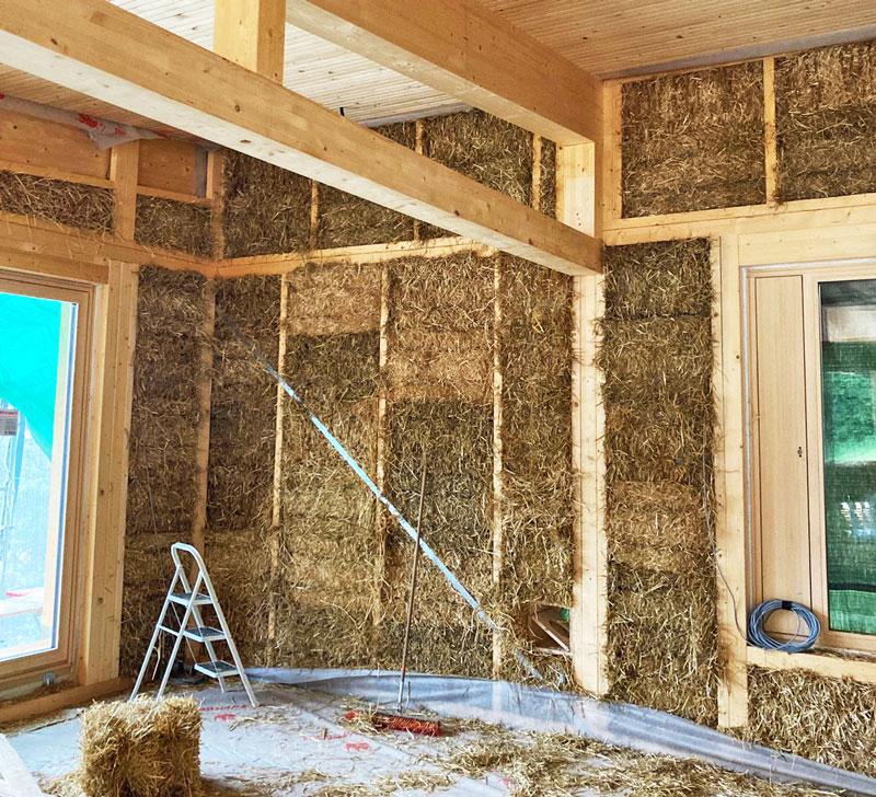 Bau Einfamilienhaus Strohballen